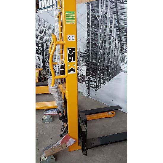 SJJA20E г/п 2000 кг, высота подъема 1500 мм