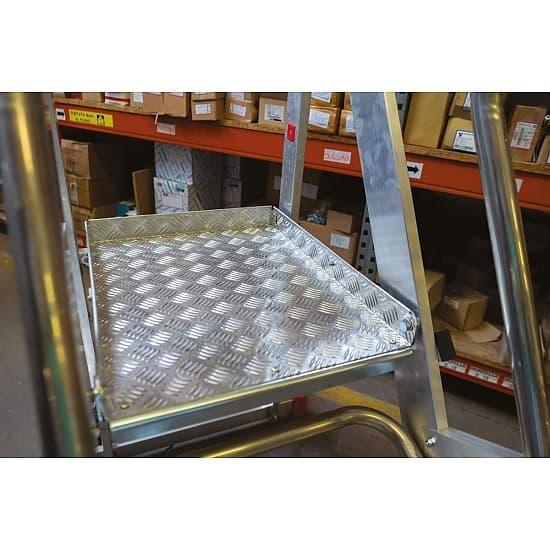 Лестница алюминиевая SMT 500